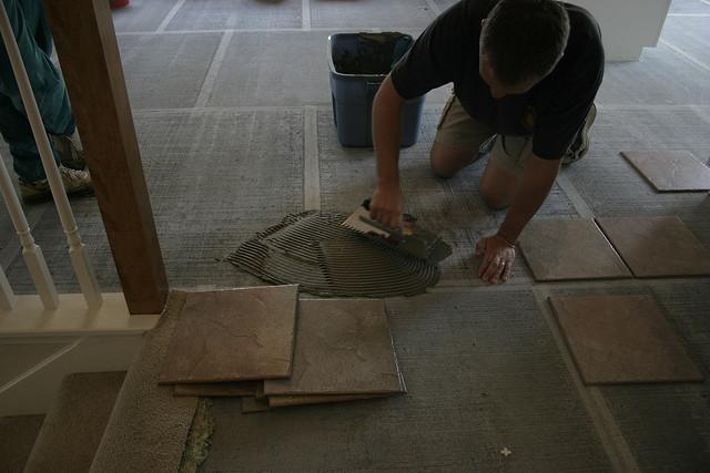 Assentamento piso argamassa - Shane Adams
